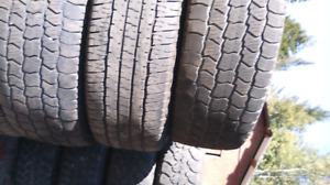 Set of 4 tires 265/70/17