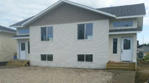 3 Bdr. w/Garage Available March 1st