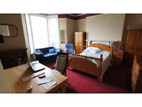 Lovely Huge Room Share with Mid 20-30's Mutley PL4