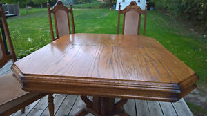 OAK TABLE WITH 5 CHAIRS Peterborough Peterborough Area image 3