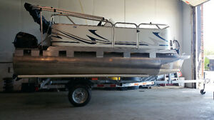 2017 Venture Small PONTOON TRAILER+Takes Up To 16' Pontoon Boat!