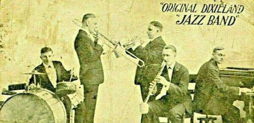 Library of 68 Dixieland Charts (Arrangements, Transcriptions, sheet music)