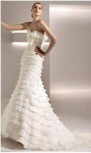 "ELEGANT PRONOVIAS STYLE ""GALATEA"" # 87079 WEDDING DRESS FOR SALE"