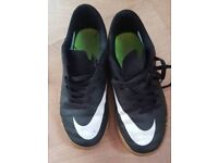Great condition nike junior trainers size 3.5