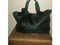 GUCCI BLACK WEEK END BAG TOP HANDLE/ MESSENGER