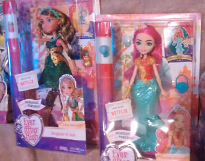 Lot 2 ever after high doll neuve
