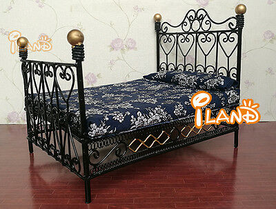 1:12Dollhouse Miniature Bedroom Furniture Metal Bed With Mattress European Black