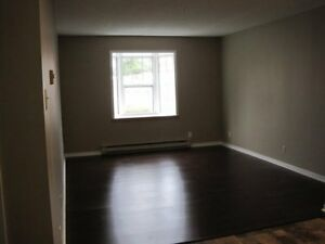 St. Annes Point Dr. and Queen St.: 151 Queen Street , 1BR