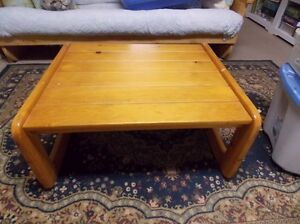 Pine coffee table and end table