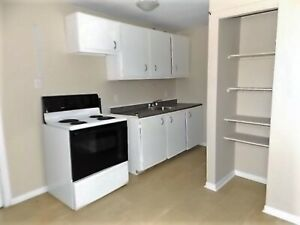 25 Delhi St.#4 - 2BR Uptown, H&L Option, Parking, Pets, Storage™