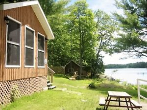 Waterfront Cottage with the Screened Porch for Rent