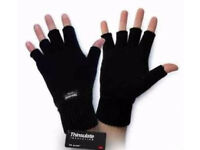 Black Knit Thermal Men's/Ladies Unisex Thinsulate Insulate Fingerless Gloves.
