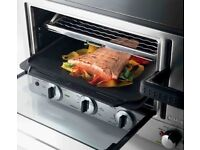 De'Longhi EOP2046 Mini Oven with Panini Press, Stainless Steel