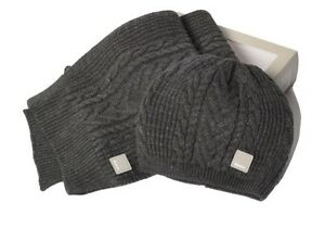 Bench hat and scarf set *Brand New*