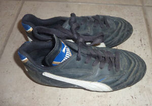 PUMA and Nike soccer cleats, youth size 1 and 3 $5/pair