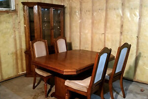 Dining Room Table & Chairs & China Cabinet