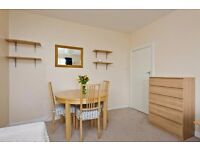 INCREDIBLY STYLISH STUDIO FLAT TO RENT IN KT3 !!!