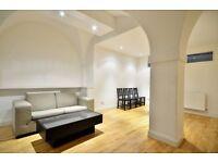4 bedroom flat in Weymouth Mews, W1G