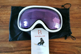 Brand new and unused snow sports goggles