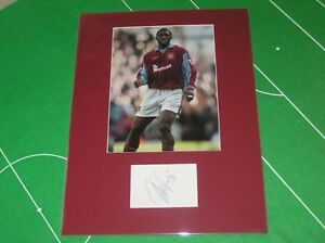 West-Ham-United-Marc-Vivien-Foe-Signed-Action-Photograph-Mount