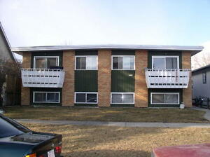 Hillhust 4plex - 2 Bed, 1 Bath