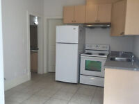 Eastside Vancouver at Renfewhigh 2 rooms for rent