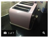 Candy pink and cream 4 slice toaster