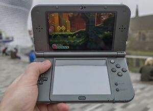 New 3ds xl and charger for 140$