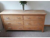 Quality solid oak chest of drawers