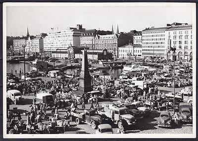 Tolle AK Helsinki Markt 1959, belebte Partie, Oldtimer, LKW, Finnland, Market