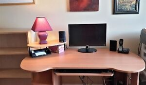 Bureau de travail buy & sell items from clothing to furniture and