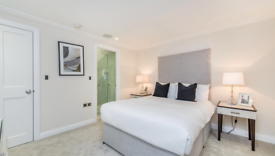 3 bedroom flat in Peony Court Town Houses, Park Walk, Chelsea, SW10