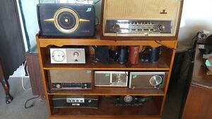 Lot of Antique and Vintage Radios for Sale