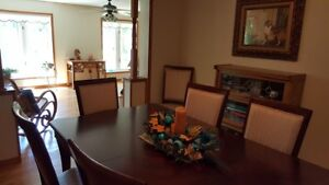 Beautiful dining room table and 7 chairs.