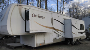 2008 Keystone Challenger 34ft 5th Wheel