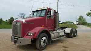 2007 Kenworth day cab tractor
