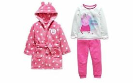 Brand New Peppa Pig Dressing Gown and Long Pyjama Set - Girls 4-5 years Ideal Xmas