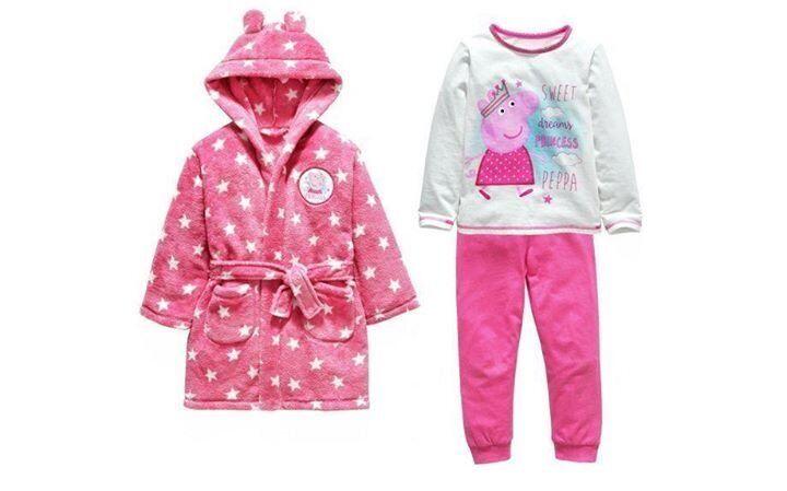 New Peppa Pig Dressing Gown & Long Pyjama Set 4-5 years   in Poole ...