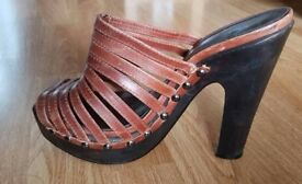 Topshop leather Brown wooden heels size 7 EU 40