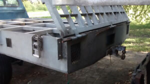 BOÎTE / PLATE-FORME CAMION PICK-UP 6 ROUES