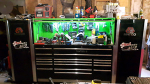 Huge tool box for trade