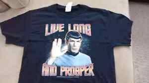 Star Trek/Spock Live Long and Prosper T Shirt