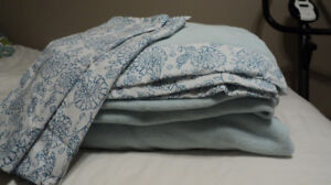 AWESOME DEAL ON FLEECE SHEET SET PERFECT FOR THIS WEATHER !