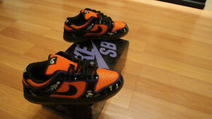 RARE Nike Dunk Low Premium SB Day Of The Dead Size 10 NEW W BOX