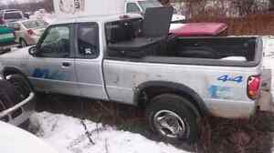 Mazda b4000 pickup for parts Peterborough Peterborough Area image 1