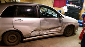 2006 suzuki aerio hatchback (PARTS CAR)