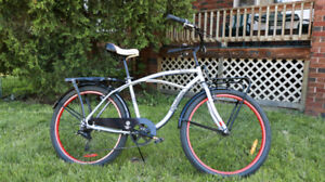 """Bicycle """"Cruiser"""" - Canadiana Westfield"""