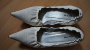Chaussures blanches Spring/ Spring brand white shoes