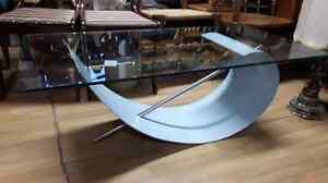 Designer Coffee Table with Tempered Glass West Island Greater Montréal image 7