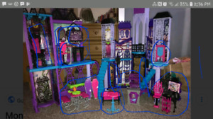 Looking for furniture and pieces to the monster high school cast